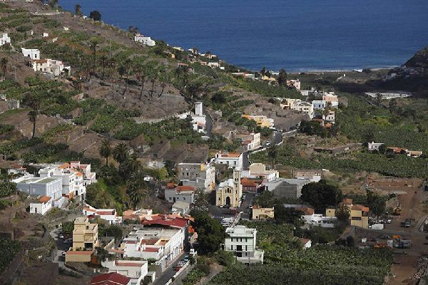 Es un lugar ideal para salir de excursión al norte de la isla y disfrutar de unos senderos y unos paisajes excepcionales.