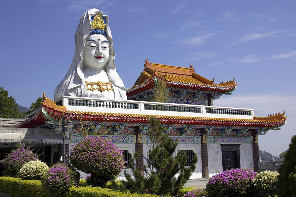 This place of worship is the largest Buddhist temple in Southeast Asia.