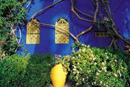 Le jardin botanique de Majorelle est une des plus importantes attractions de Marrakech. Il concentre des espèces rares pour créer un cadre enchanteur.