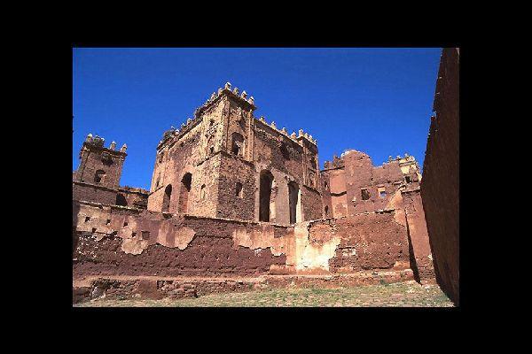 Situata a Telouet, questa kasbah è l'antica residenza del pacha di Marrakech. Un monumento imperdibile