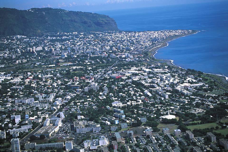 Chef lieu du département de la Réunion, Saint-Denis, site aussi la capitale n'attire que peu de touristes.