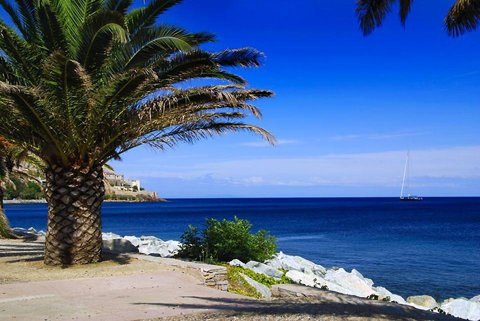 Six beaches are in close proximity to the city of Bastia, which offers magnificent vantage points of the sea.