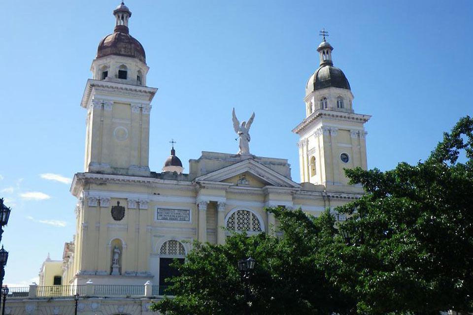 La cripta della Cattedrale custodisce i resti del conquistatore spagnolo e fondatore della città, Diego Velázquez.