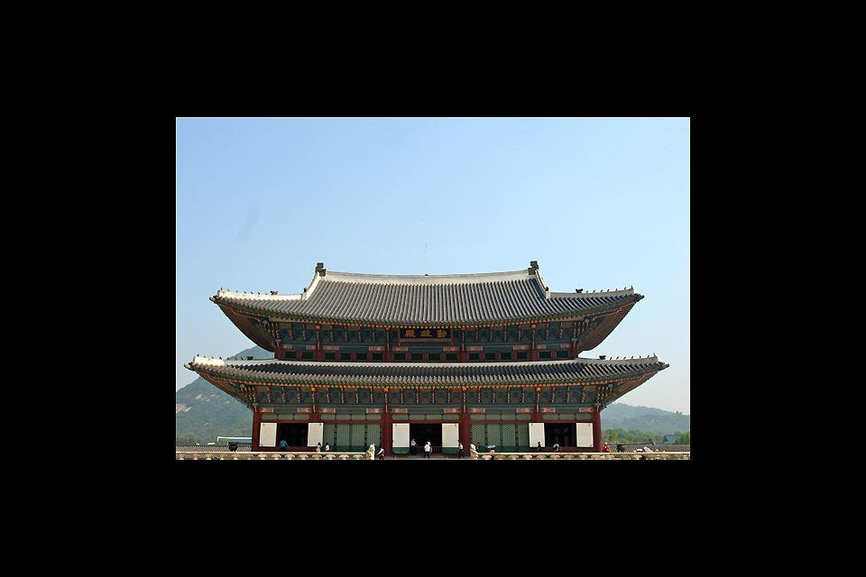 Built in 1934, it was at that time the main palace of the Joseon Dynasty.