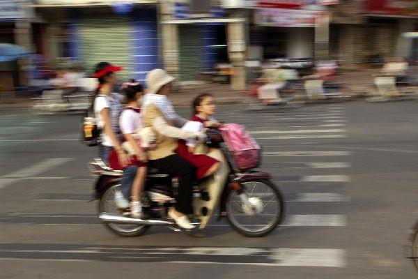 Ho Chi Minh è una città in pieno sviluppo, in cui tradizioni e modernità si affiancano senza scontrarsi.