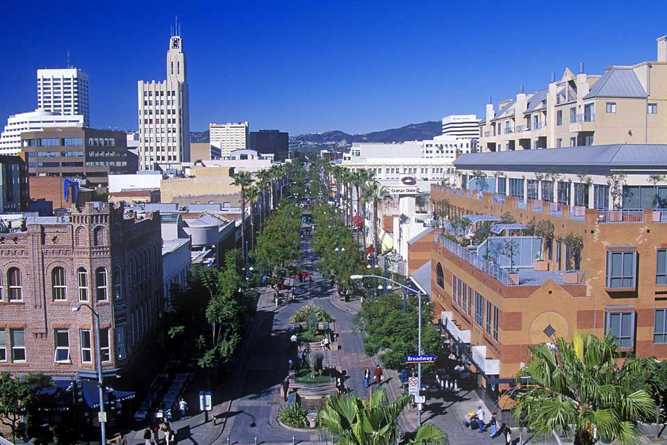 Situated on the Westside, Third Street Promenade is a pedestrianised area considered the heart of shopping in Santa Monica