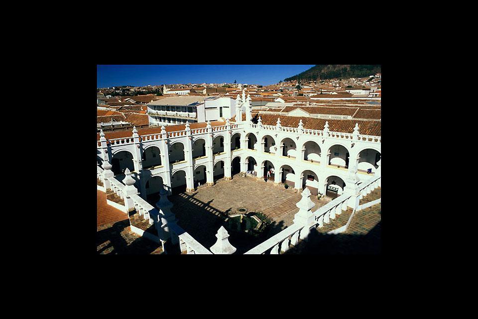 La città di Sucre è la capital costituzionale della Bolivia e capoluogo della regione di Chuquisaca.