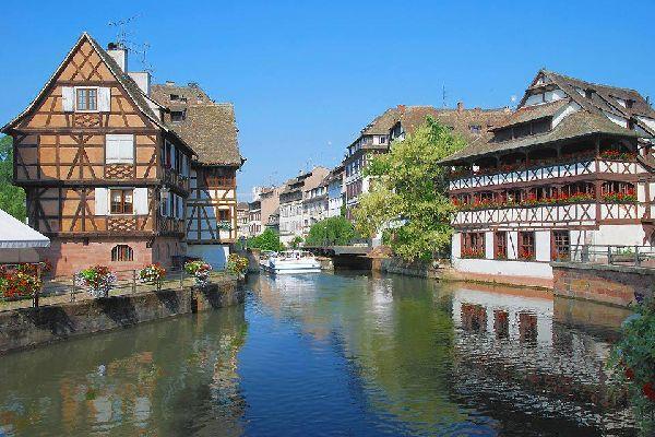 """Il quartiere della """"Piccola Francia"""", il cui nome deriva dall'ospedale che ospitava le persone colpite dalla sifilide alla fine del XV secolo."""