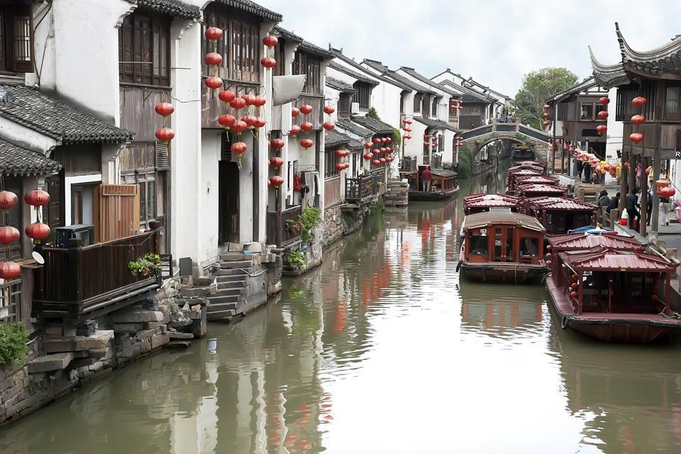 """Suzhou, in the province of Jiangsu, 56 miles from Shanghai, the """"Chinese Venice"""", according to the nickname given by Marco Polo, has not escaped industrial and urban development. Founded almost 2,500 years ago, Suzhou was prosperous on completion of the Great Canal connecting it to Peking, and this waterway is still active, and should be discovered on a cruise to Hangzhou. Suzhou is known all over ..."""