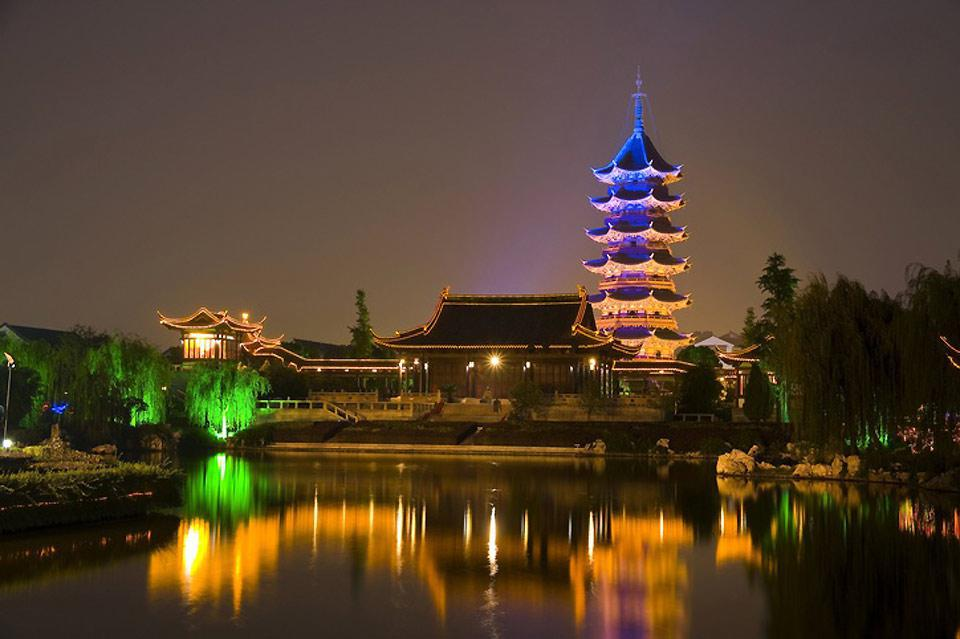 A view of the North Temple Pagoda at night.
