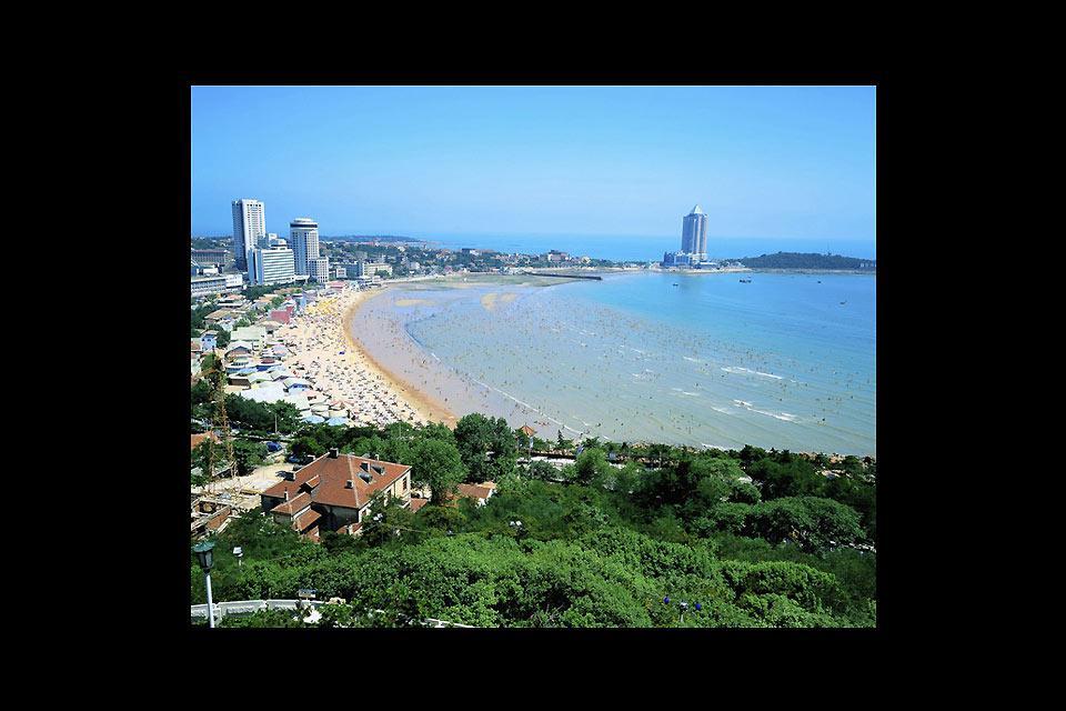 Qingdao est une ville balnéaire du nord-est de la Chine dans la province du Shandong.