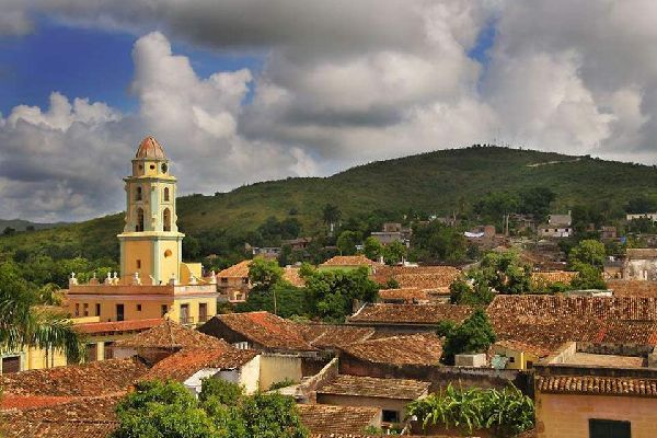 The UNESCO heritage city of Trinidad attracts travelers from around the world thanks to its narrow streets and colonial monuments
