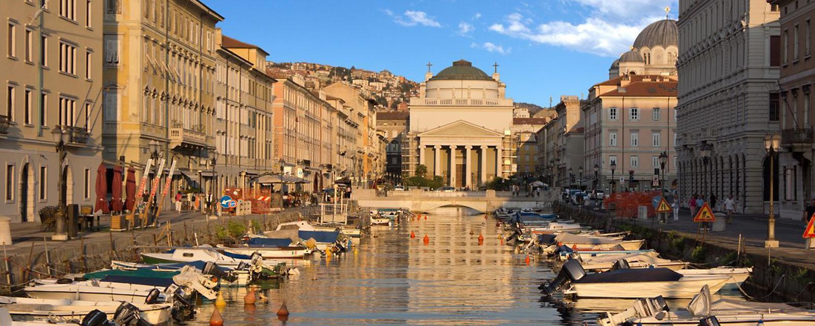Trieste Italy  city photo : Travel to Trieste, Italy Trieste Travel Guide Easyvoyage