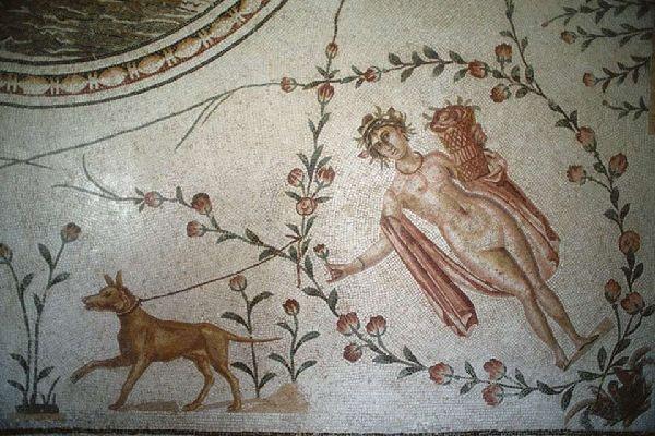 Im Nationalmuseum Bardo zeugen zahlreiche archäologische Fundstücke von der reichen Geschichte Tunesiens.