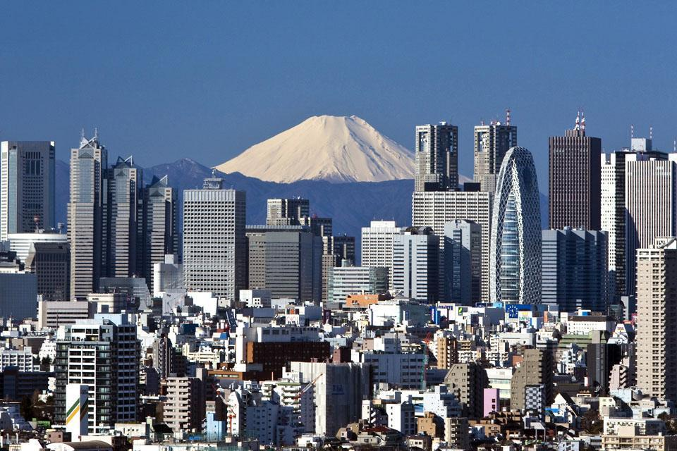 Tokyo is one of the biggest cities in the world: in reality, it is more of an urban agglomeration incorporating more than just one city.