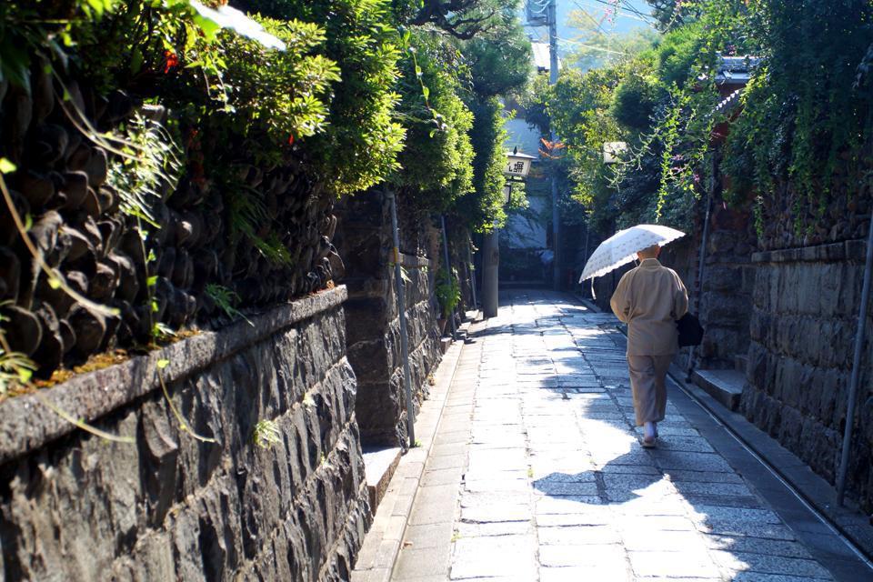 """Kyoto - la """"ville capitale""""- concentre la plus grande proportion de temples du pays."""
