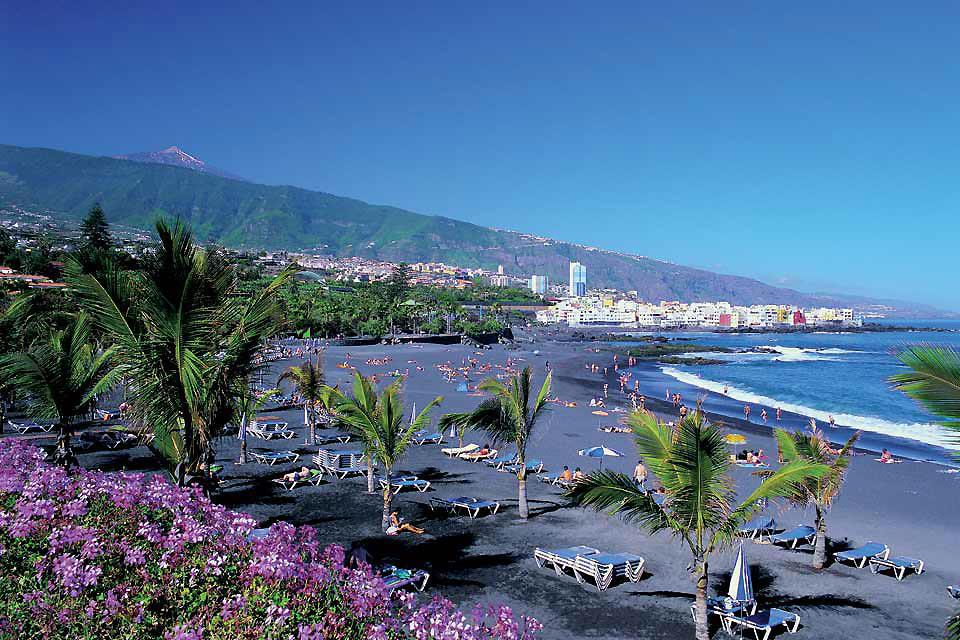 Surrounded by beautiful tropical gardens, Playa Jardin is unquestionably the most attractive and best equipped beach.