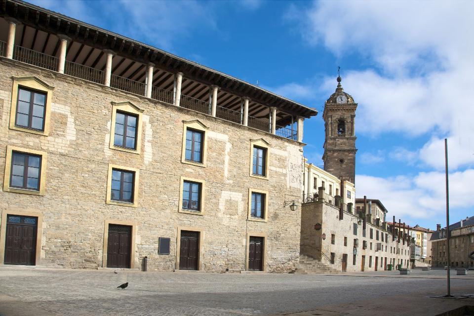 Vitoria's road network did not change at all from the Middle Ages to the 18th century.