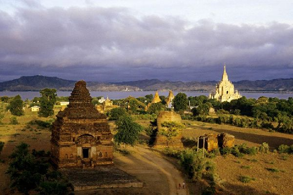 Bagan is located on the banks of the Irrawaddy, Burma's principal river.