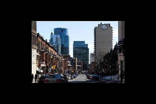 Montreal, polo económico de la región de Quebec, es la segunda ciudad más grande de Canadá (después de Toronto)