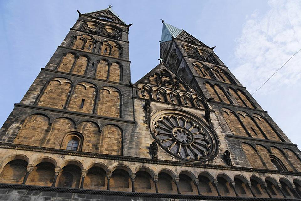 Masses and concerts are held in the Bremen Cathedral