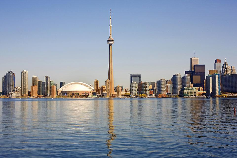 The city's skyline is marked by the CN Tower, but otherwise its skyscrapers don't tend to be higher than 60 floors.
