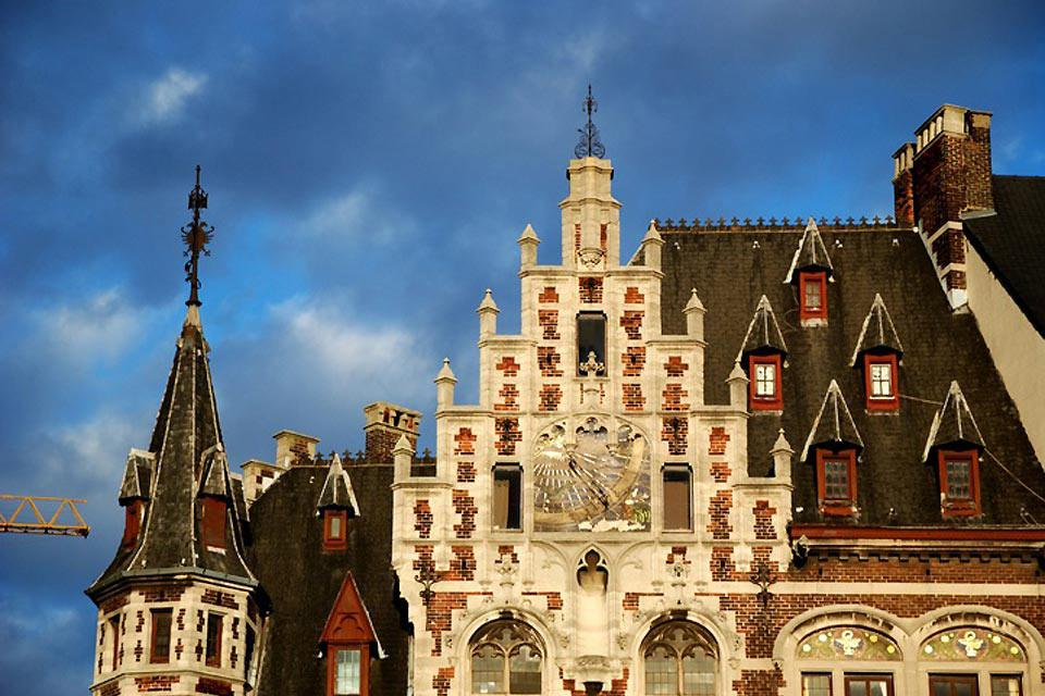 The Belgian capital boasts a large number of Art Nouveau-style buildings.