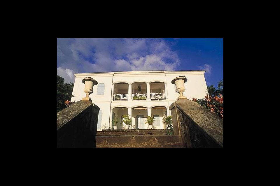 La capital del sur es un lugar muy animado y ofrece uno de los lugares más agradables para vivir de la isla.