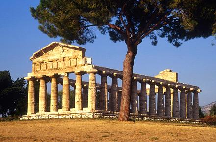 Paestum: templi greci e mozzarella