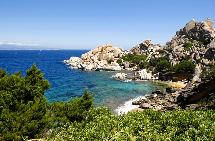 Ungleiche Schwestern: Korsika und Sardinien