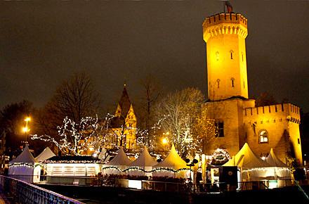 hafen weihnachtsmarkt k ln die sch nsten weihnachtsm rkte deutschlands. Black Bedroom Furniture Sets. Home Design Ideas