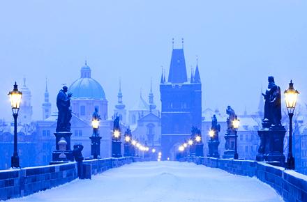 Vola e soggiorna per 4 giorni a Praga a soli 288€