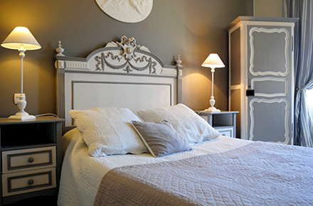 10 adresses de charme en france. Black Bedroom Furniture Sets. Home Design Ideas