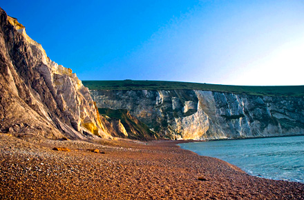 Sheer cliffs and homebaked scones in the Isle of Wight, England