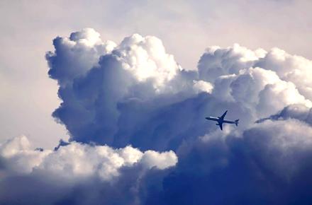 Sì o no: le turbolenze e buchi d'aria sono pericolosi