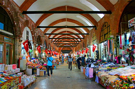 Istanbul: Grand Bazaar or Arasta Bazaar : Europes 10 most ...