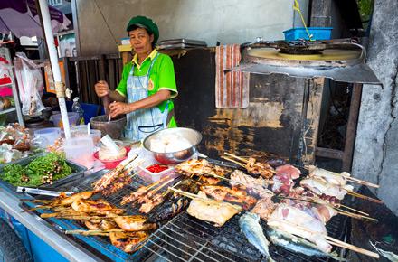 BANGKOK,  il pasto da strada
