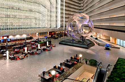 Largest hotel lobby: The Hyatt Regency, San Francisco