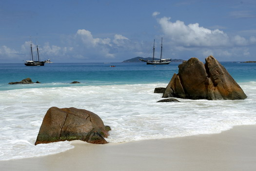 In the footsteps of Hodoul in the Seychelles