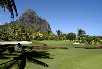Lagoon golf in Mauritius