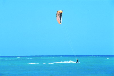 Kitesurfing: a new fashion in water sports