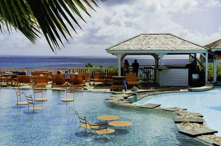 La toubana en guadeloupe remarquables piscines avec vue for Hotel design guadeloupe