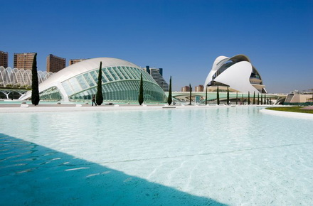 Valencia: yet another Spanish party capital