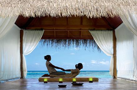 Malediven: Kanuhura Resort