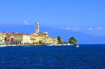 Pedalando intorno al lago di Garda