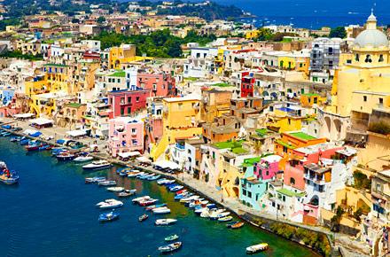 Campania: le isole del Golfo e la natura irpina