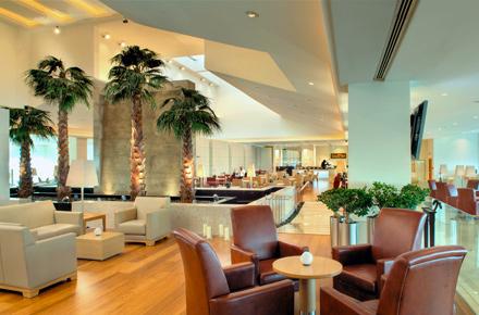 Al terminal Premium con Qatar Airways
