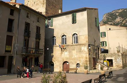 Una fortezza sui Pirenei: Villefranche