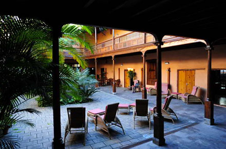 La quinta rioja en tenerife hoteles con encanto for Hoteles en la rioja