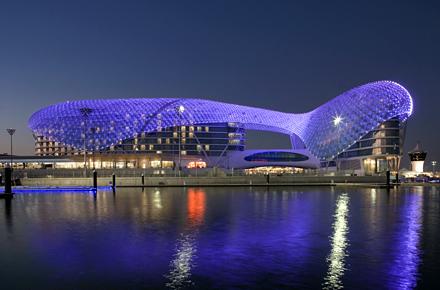 Yas Viceroy - die moderne Oase Abu Dhabi's